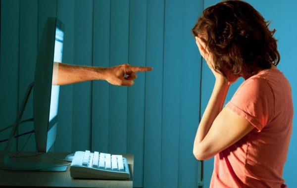 Cyber bullismo: che cos'è e quali sono le conseguenze psicologiche